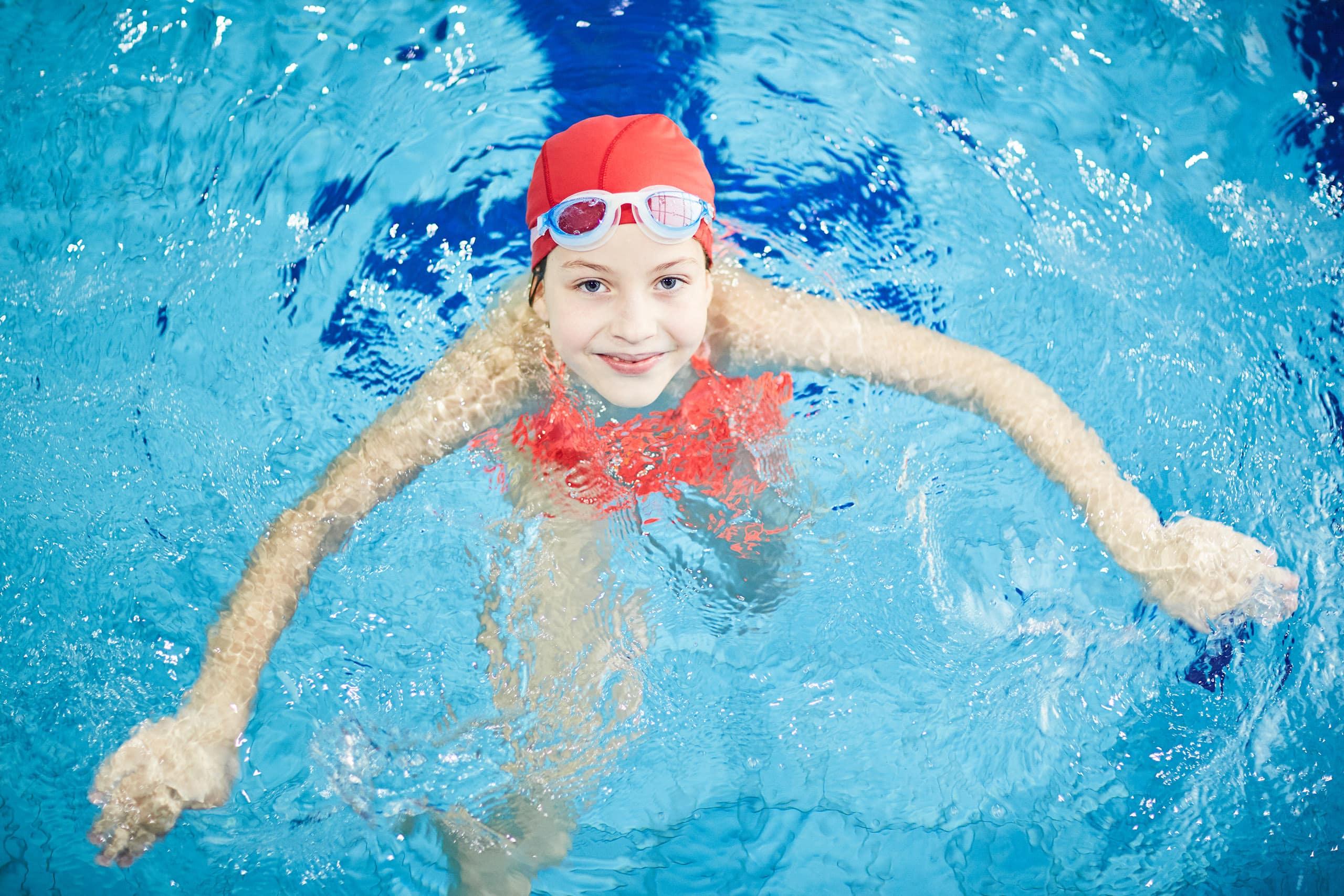 Gut Landegge Familotel Emsland Schwimmschule im Familienurlaub